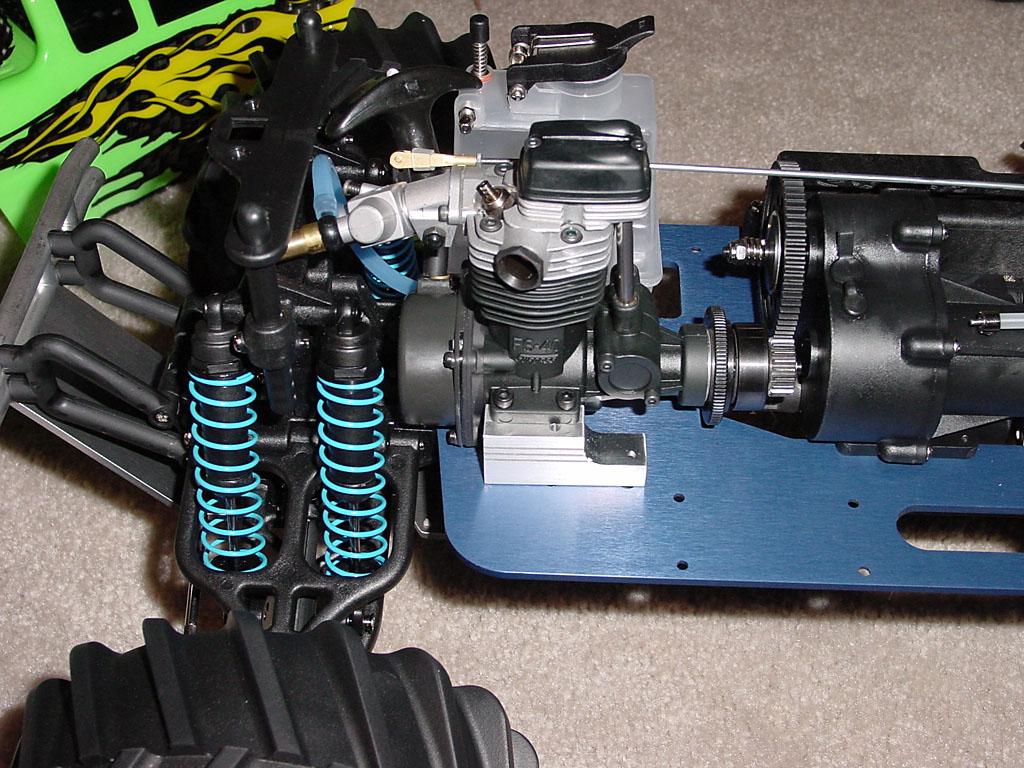 Four-stroke car engine